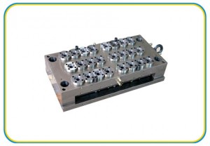 Multi-cavity high precision molds-(HS-145)